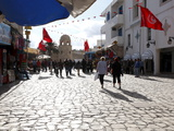 Tourists Walking to the Medina, Place Des Martyrs, Sousse, Tunisia, North Africa, Africa