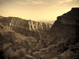 Oman, Hajjar Mountain Range, Jebel Shams Mountain, Wadi Ghul, the 'Grand Canyon of Arabia'