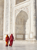 Taj Mahal, UNESCO World Heritage Site, Women in Colourful Saris, Agra, Uttar Pradesh State, India,