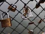 Locks on the Bridges of Paris are Quite Popular for Couples to Manifest their Wish for Eternal Love Fotografie-Druck