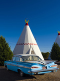 USA, Arizona, Holbrook, Route 66, Wigwam Motel, Chevrolet Impala