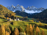 Buy Mountains, Geisler Gruppe/ Geislerspitzen, Dolomites, Trentino-Alto Adige, Italy at AllPosters.com