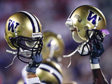 University of Washington - Washington Helmet Raise