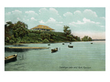 Saratoga Springs, New York - View of Saratoga Lake and Park Pavilion