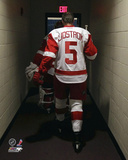 Detroit Red Wings - Nicklaus Lidstrom Hockey Photo