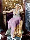 CLEOPATRA, Theda Bara, 1917. ©Fox Film Corporation. TM & Copyright/courtesy Everett Collection