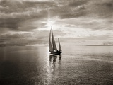 Diamond Head Yacht in Swiftsure Race Art Print
