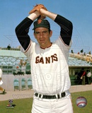 Gaylord Perry - Giants - Ball in glove over head