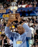 Voshon Lenard with 2004 All-Star Game 3 Point Contest Trophy ©Photofile