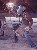 Welder at the Promecan Shipyard  Lima  Peru