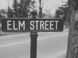 Elm Street Sign
