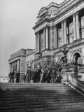Group of Sailors  Soldiers and Civilians Leaving the Library of Congress Building after their Tour