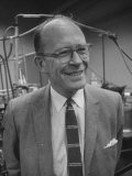 Dr Willard Libby in UCLA Lab with Carbon-14 Process-Dated Early American Objects