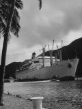 "American Matson Line Cruiser ""Mariposa"" Arriving in Pago Pago"