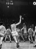 Nyu No 3 Don Rorman Shooting Against Notre Dame