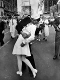 V-J Day in Times Square Papier Photo par Alfred Eisenstaedt