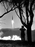 """US """"Spy"""" Satellite to Orbit Earth  Nose Down and Photograph and Record Surface  Launched by Navy"""