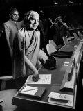 Mme Vijayalakshmi Pandit Smiling