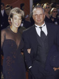 Singer Garth Brooks and Wife Sandy at Academy Awards