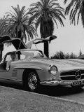 Mercedes Gullwing, voiture de sport aux portes papillon Papier Photo par Ed Clark