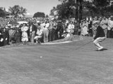 "Ben Hogan Applying ""Body English"" after Putting on 7Th  But Ball Went Foot Past Hole and Took Par"
