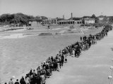 Lines of People Visiting the Palace for Celebration