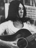 Cree Indian Folk-Singer Buffy Sainte-Marie