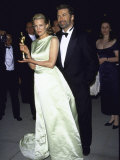 Married Actors Kim Basinger Aand Alec Baldwin at Oscar Party