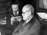 Dr Sigmund Freud  Father of Psychoanalysis  Sitting with Man Who Is Taking Notes
