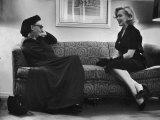 Dame Edith Sitwell Talking W Actress Marilyn Monroe