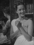 Actress Alida Valli Posing for Photograph