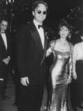 Actors Tim Robbins and Susan Sarndon on their Way to the Academy Awards