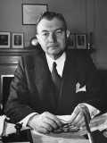 US Assisstant Attorney General Robert H Jackson