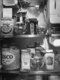 A Series of Pictures Showing How to Take Care of Electric Appliances - How to Store Food