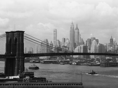Manhattan Skyline And Brooklyn Bridge Stretched Canvas Print
