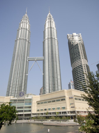 Petronas Twin Towers, One of the Tallest Buildings in the World
