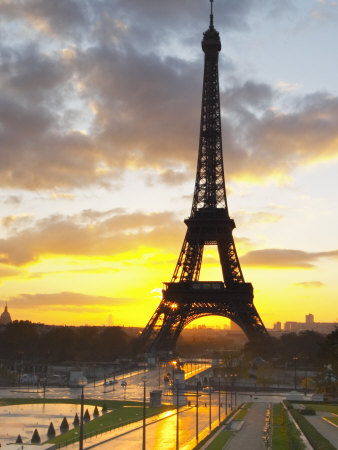 Eiffel Tower at Dawn, Place Trocadero Square, Paris, France Stretched Canvas Print