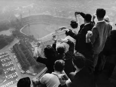 University of Pittsburgh Students Cheering Wildly from Atop Cathedral of Learning, School's Campus Stretched Canvas Print