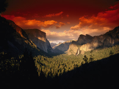 Scenic View of a Sunset at Yosemite National Park Stretched Canvas Print