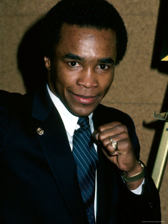 Professional Boxer Sugar Ray Leonard Stretched Canvas Print