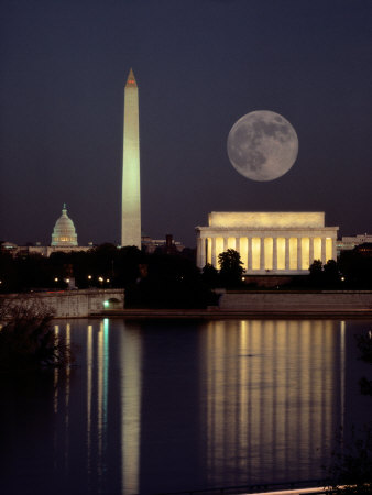 Moonrise over the Lincoln Memorial Stretched Canvas Print