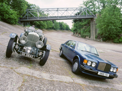 1991 Bentley Turbo R with 1930 Bentley 4.5 at Brooklands Stretched Canvas Print