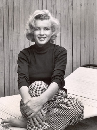 Portrait of Marilyn Monroe at Home Stretched Canvas Print
