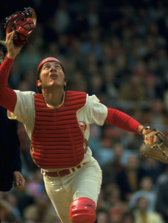 Cincinnati Reds Catcher Johnny Bench Catching Pop Fly During Game Against San Francisco Giants Stretched Canvas Print