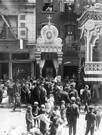 Little Italy, Street Altar to Our Lady of Help, Mott St., New York, 1908 Stretched Canvas Print