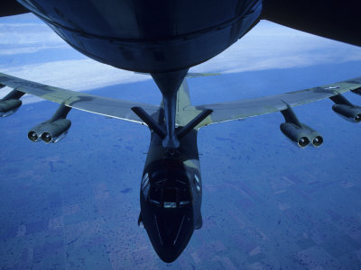 b52 bomber pictures. Refuelling a B 52 Bomber in
