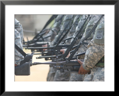 army rangers pictures. Army Rangers Marching in