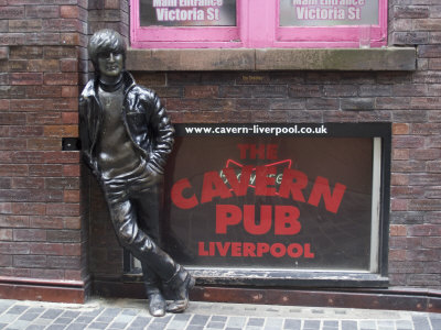 Statue of John Lennon Close to the Original Cavern Club, Matthew Street Stretched Canvas Print