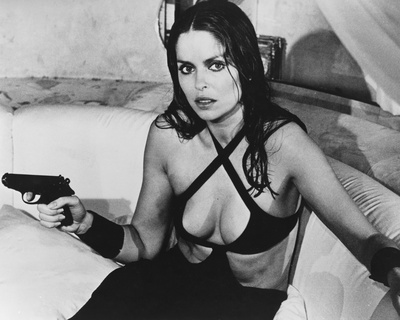 barbara bach lois chiles nude. LOIS CHILES (as Dr Holly Goodhead, fully trained astronaut ...