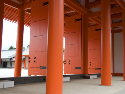 Entrance Doors to Internal Courtyard of Kyoto Imperial Palace (Kyoto Gosho) Stretched Canvas Print